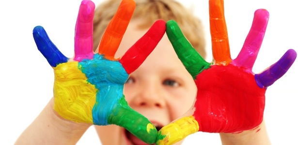midia-indoor-ciencia-e-saude-educacao-arte-artistico-menino-crianca-infancia-brincar-brincadeira-desenvolvimento-ensino-instrucao-diversao-crescimento-alegria-feliz-felicidade-1271704902